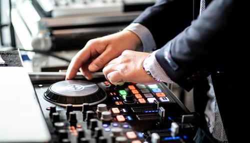 Pro DJ Turns Successful Entrepreneur During Lockdown